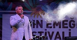 Kadın emeği festivali türkülerle başladı