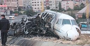 Özel Jet kaza yaparak yandı