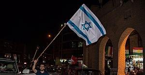 Referandum sonra kutlamalarında İsrail bayrağı