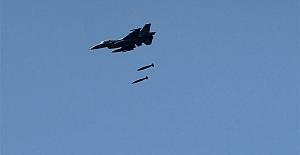 Rus Savaş uçakları PKK'yı vurdu