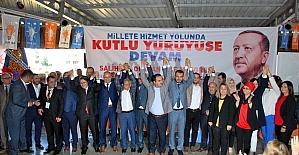 Salihli AK Parti, Dinç ile 'yola devam' dedi