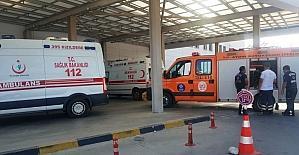 Tarladan dönen kamyonet uçurma yuvarlandı: 3 ağır yaralı