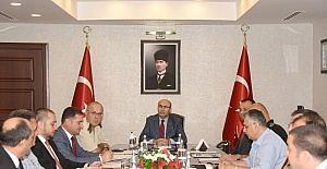 """Vali Demirtaş: """"Adana takımları diğer derbi maçlara da örnek olmalı"""""""