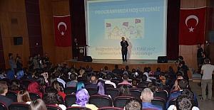Yüksekova'da İlköğretim Haftası