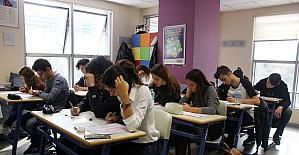 32 bin öğrenci değişen YKS sistemine uygun ilk denemesini yaptı