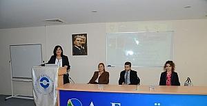 AEÜ'de kemik erimesi hastalığı konferansı verildi