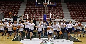 Aliağa'da kış spor okulları heyecanı başladı