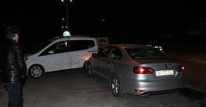 Alkollü sürücü polis aracına çarptı:...