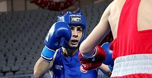 Avrupa Boks Şampiyonası'nın üçüncü gününde üç galibiyet