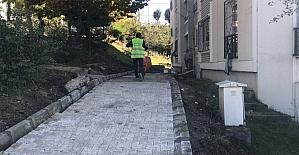 Başiskele'de parke yol ve kaldırım çalışmaları sürüyor