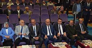 """Belediye Başkanı Yaşar Bahçeci: """"Demokratik sistemin temel taşı muhtarlar"""""""