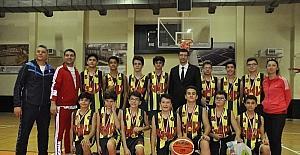 Cumhuriyet Kupasının şampiyonu Gaziantep Kolej Vakfı