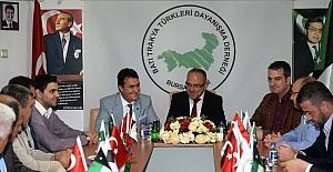 """Dündar: """"Çanakkale'de 'İdlip' yazılı taşlar var"""""""