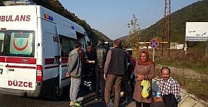 Düzce'de minibüs ile otomobil çarpıştı: 7 yaralı