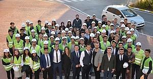 Genç mühendisler ilk baretlerini taktı