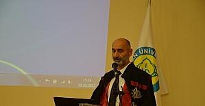 HRÜ'de doktor adayları beyaz önlük giydi