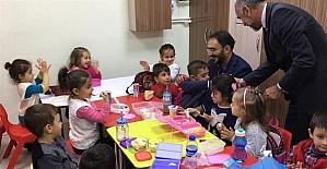 Müftü Karabayır'dan minik öğrencilere ziyaret