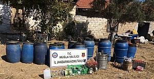 Muğla'da 595 litre sahte içki ele geçirildi