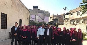 Öğrenciler tarihi Ulu Cami'yi gezdi