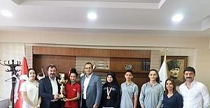 Öğrencilerden oluşan karate takımı bölge şampiyonu oldu