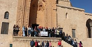 Şırnaklı gençler, Mardin'in tarihi yerlerini gezdi