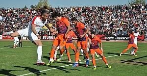 TFF 3. Lig 3. Grup UTAŞ Uşakspor: 1 - Karacabey Birlikspor: 0