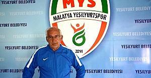Yeşilyurt Belediyespor'da teknik heyetin durumu görüşüldü