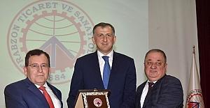 Acara Özerk Cumhuriyeti Başkanı Pataradze Trabzonlu iş adamları ile buluştu