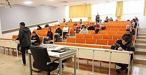 Açıköğretimde ara sınavlar başladı