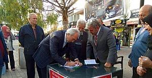 Başkan Kamil Saraçoğlu'ndan 'Yerli otomobil Kütahya'da üretilsin' kampanyasına destek