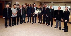 Başkan Karaosmanoğlu, 24 Kasm'da öğretmenleri yalnız bırakmadı