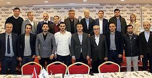 Bursalı ve İzmirli lojistikçiler sektörü tartıştı