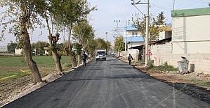 Büyükşehir'den Birecik'te sıcak asfalt atağı