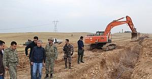 Cizre Belediyesi 7 köy ve mezrada yol yapım çalışmasına başladı