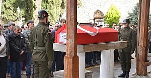 Emekli Albay Çavdar toprağa verildi