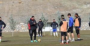 Evkur Yeni Malatyaspor'da Beşiktaş mesaisi sürüyor