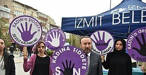 İzmit Belediyesi'nden 'Kadına Şiddete Hayır' etkinliği