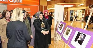 Kadına şiddete sergiyle mücadele