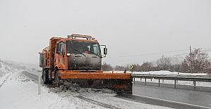 Kar sürücüleri hazırlıksız yakaladı