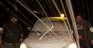 Manisa'ya yılın ilk karı düştü