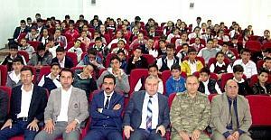 Öğrencilere ''Çocuk Hakları'' Tanıtımı Konulu Eğitim Semineri