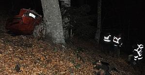 Traktör 100 metrelik uçuruma yuvarlandı:...