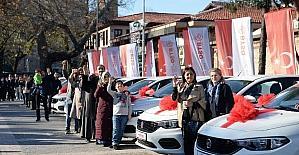 100 liraya otomobil sahibi oldular