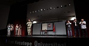 Afyonkarahisar'da 'Yeniden Diriliş 15 Temmuz' gösterisi sahnelendi