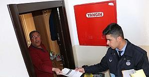 Bitlis Belediyesinden broşür ve çöp...