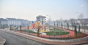 İnegöl Belediyesi çocukları sevindirmeye devam ediyor