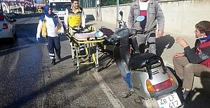 Milas'ta yola dökülen yağ kazaları da beraberinde getirdi