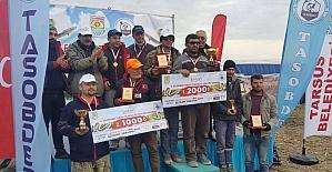 Tarsus'ta Yılan Balığı Yakalama Yarışması