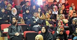 """Üniversite de """"Yardımlaşmada Yarışma"""" Paneli gerçekleştirildi"""