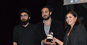 Uşak Kanatlı Denizatı Kısa Film Festivalinde ödül töreni